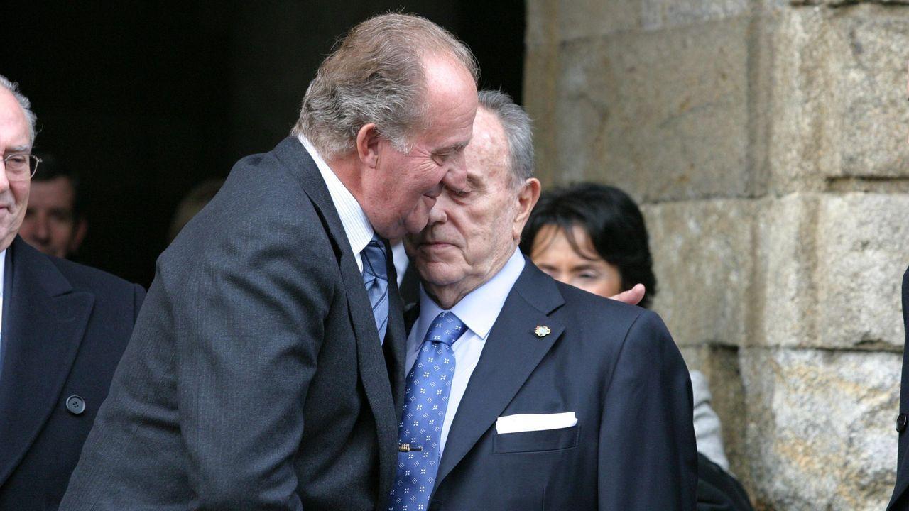 Juan Carlos de Borbón con Manuel Fraga, en un acto en Santiago en el 2003