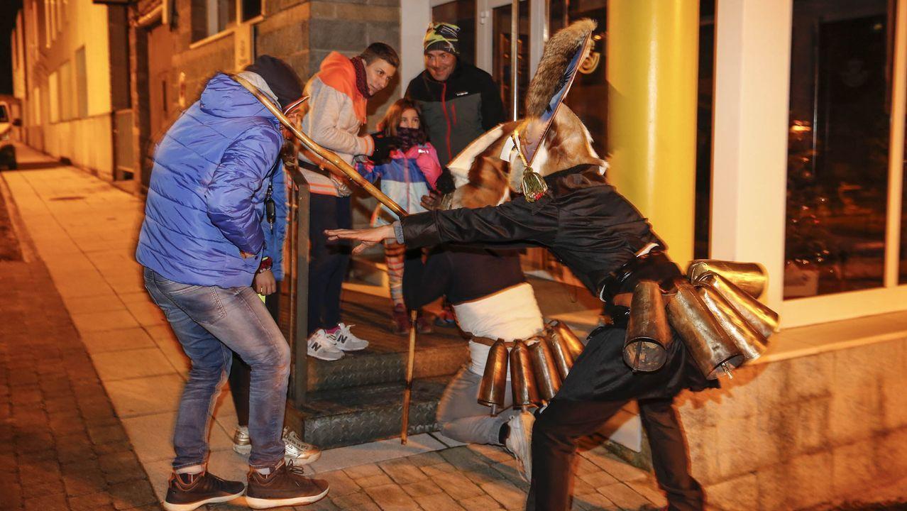 Los felos salen por primera vez en Maceda