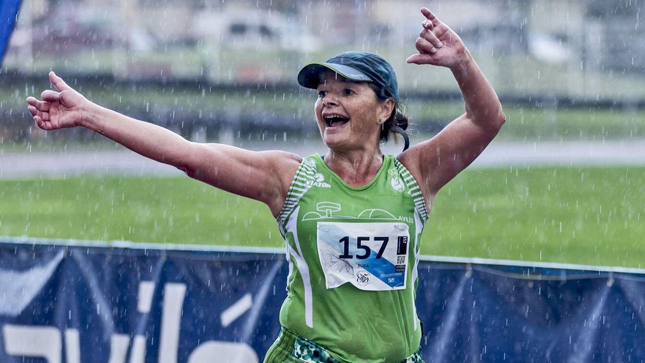Élida Fernández, la corredora fallecida en San Juan de Nieva, durante la media de Avilés.Élida Fernández, la corredora fallecida en San Juan de Nieva, durante la media de Avilés