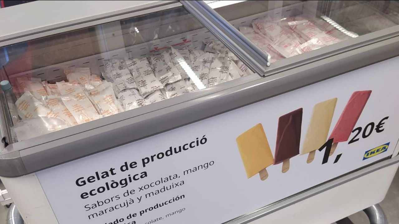 Así celebra IKEA el Día de Asturias.Von der Leyen, durante su primer discurso de la Unión en la Eurocámara