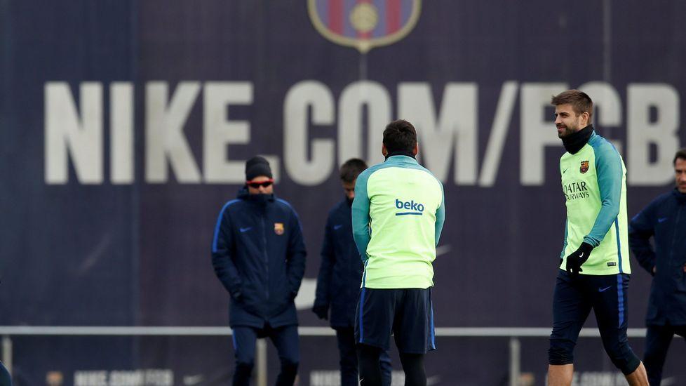 Piqué: «Veníamos de la mierda cuando llegó Luis Enrique».Javier Manjarín en las instalaciones del Deportivo de La Coruña.