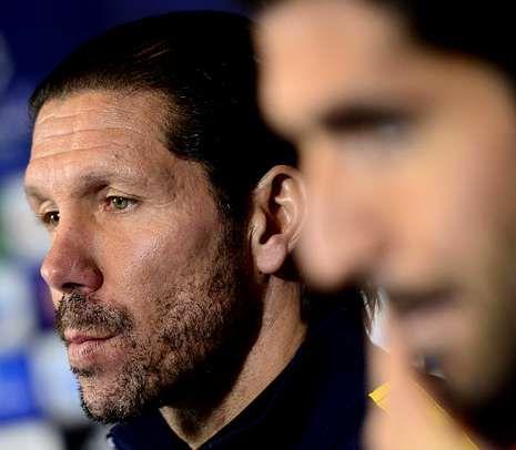 La jornada 21 de Primera División, en imágenes.Simeone y Raúl García en una rueda de prensa.