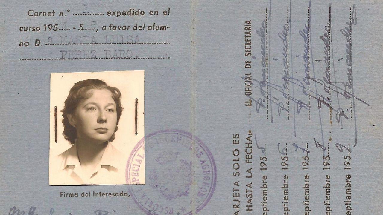 Tarjeta universitaria de Luisa Pérez-Soba