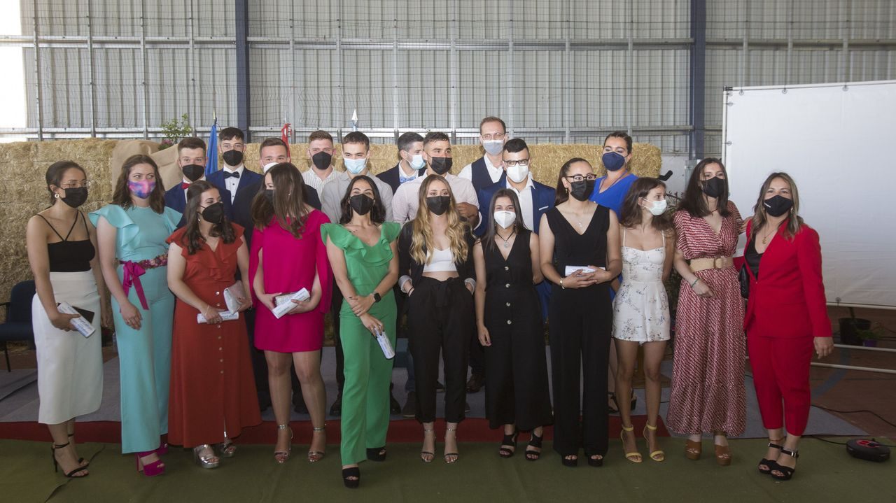 Fonteboa clausuró el curso 2021-2022. ¡Mira las imágenes!.IES O Ribeiro, uno de los centros cuya dirección acaba mandato
