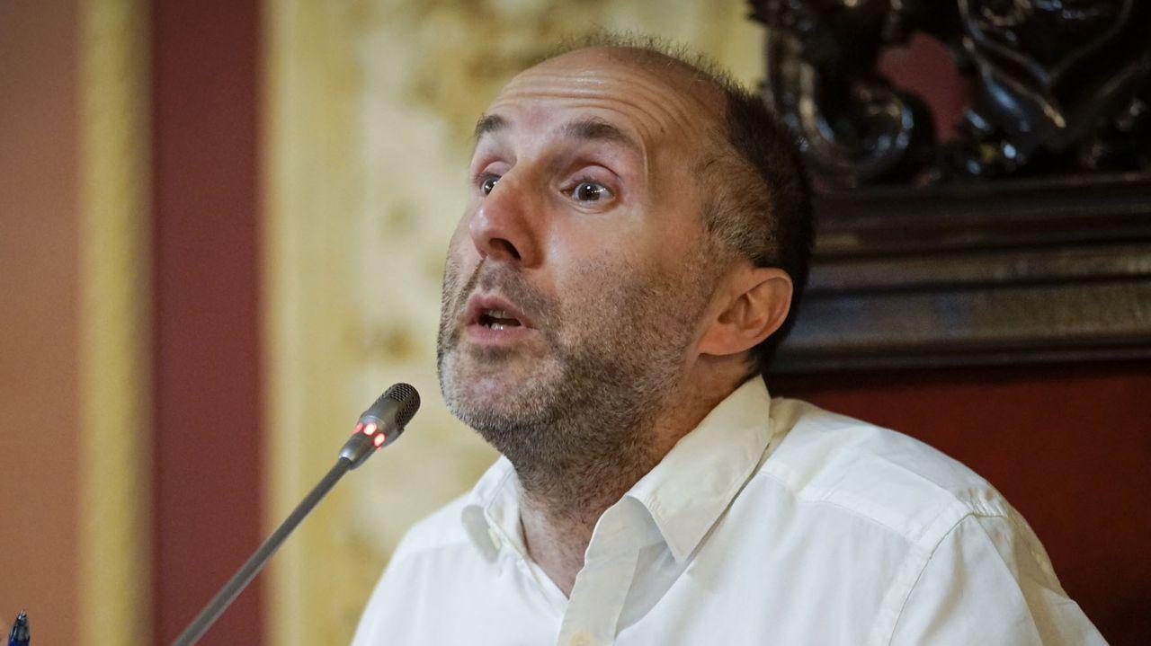 Rueda de prensa de Jácome.Jesús Vázquez y Gonzalo Pérez Jácome el día de la investidura de este último como alcalde de Ourense