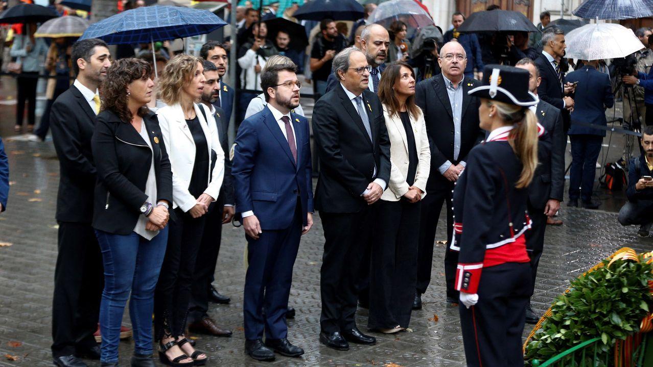 El presidente de la Generaliat, Quim Torra, encabeza la ofrenda floral del Gobierno catalán al monumento a Rafael de Casanova, dentro de los actos de la Diada de Cataluña