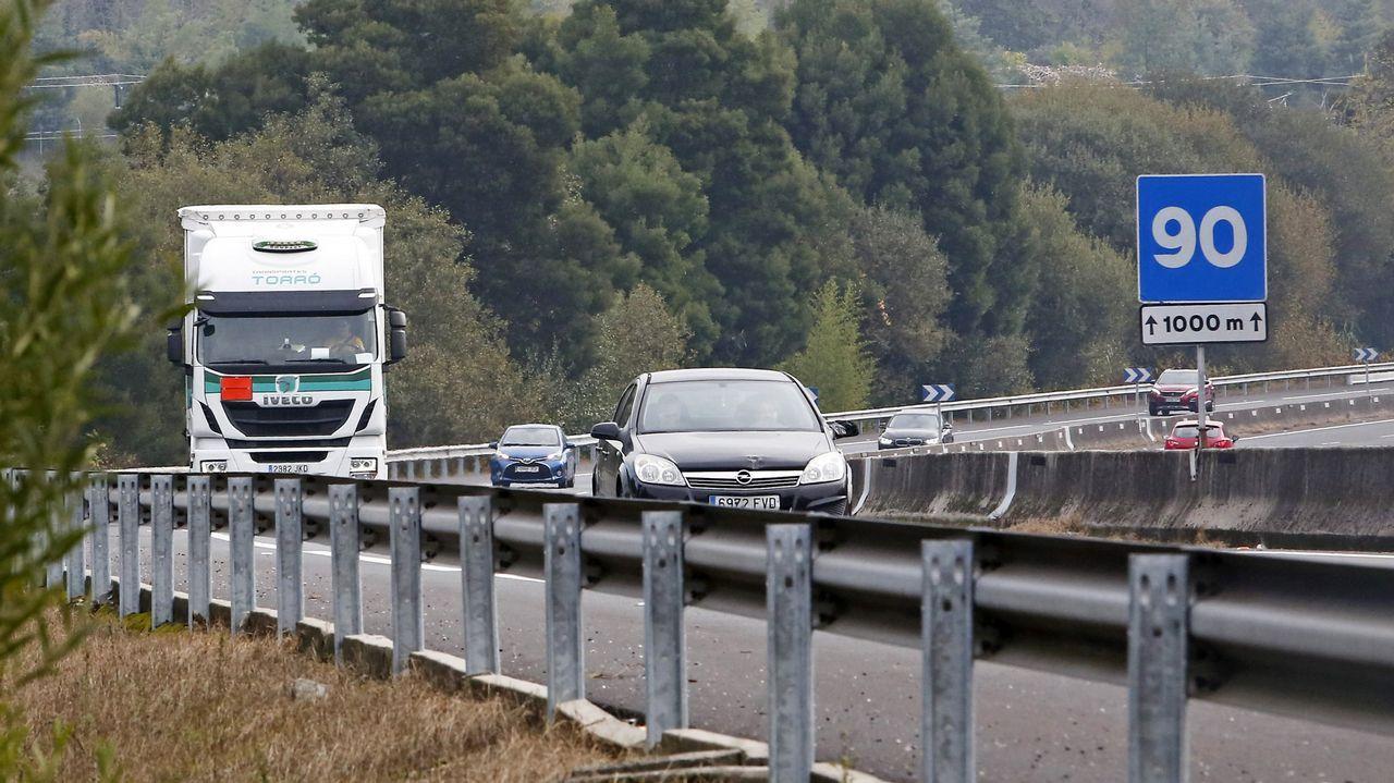 Imagen de retenciones en la AP-9  a la salida de Vigo
