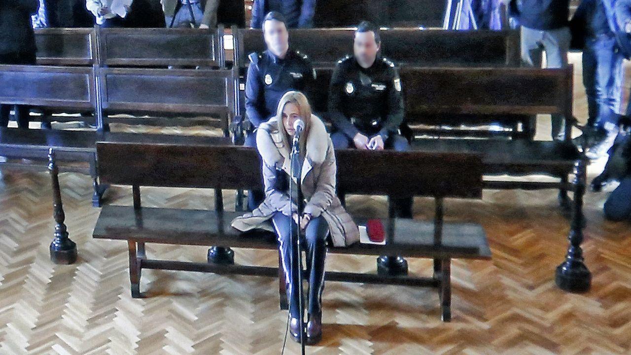 ¿Qué pasaba dentro de la orden de los Miguelianos de Oia?.Tania Varela, durante su declaración en la Audiencia de Pontevedra, en una imagen de vídeo