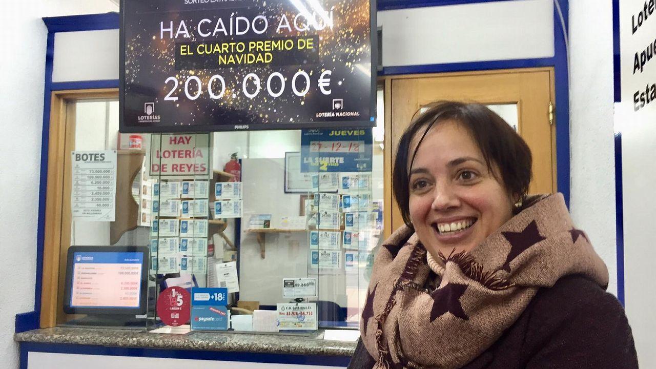 Belinda Bañobre, de La Bombonería de As Pontes, vendió dos décimos de un cuarto premio