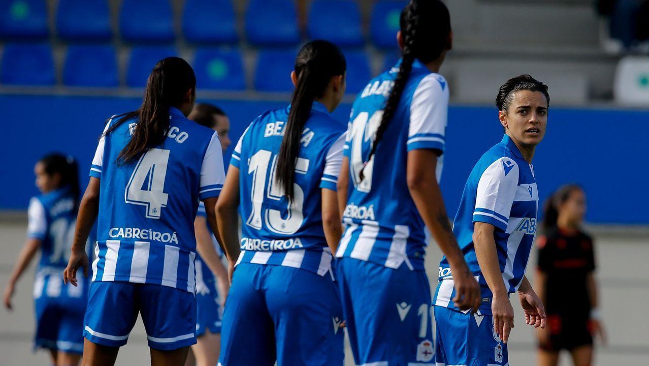 Todas las imágenes del Guijuelo-Deportivo.Claudio Beauvue, en un lance del partido