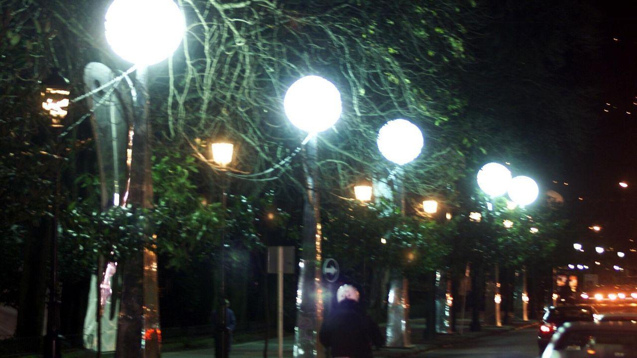 En la Alameda en el año 2000 se colocaron estos angelotes, no había aún noria gigante