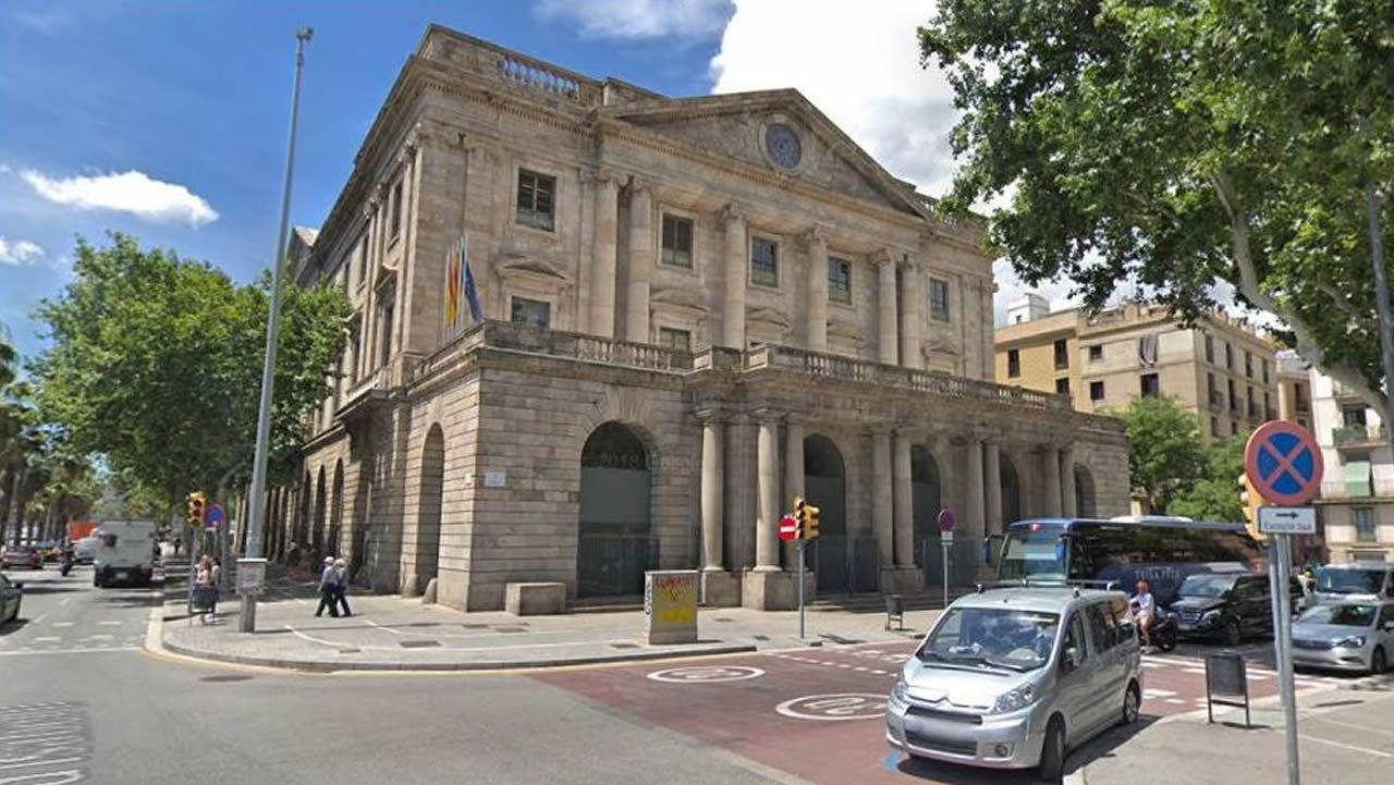 Edificio de la Llotja de Mar de Barcelona, sede del Consejo de Ministros del próximo viernes