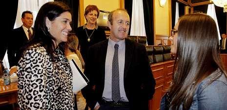 Paula Prado y Albino Vázquez renunciaron a sus cargos recientemente, ella a finales de enero y él el pasado lunes.
