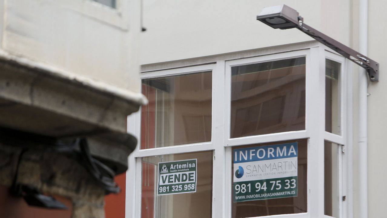 La luz más cara del año.Pisos del banco malo en Oviedo