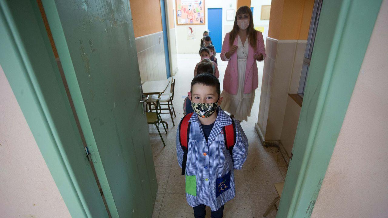Los colegios rurales se imponen a los urbanos y recuperan alumnado: «Somos unos privilegiados».Aigas, una aldea de Os Ancares en la que solo vive Manuel López