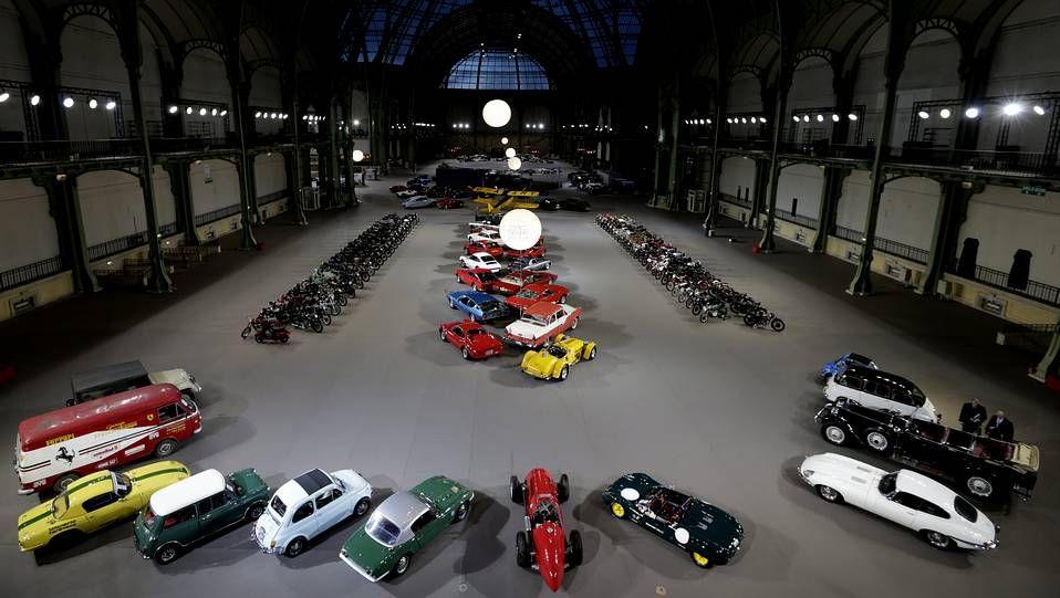 Un centenar de vehículos clásicos, a subasta en París