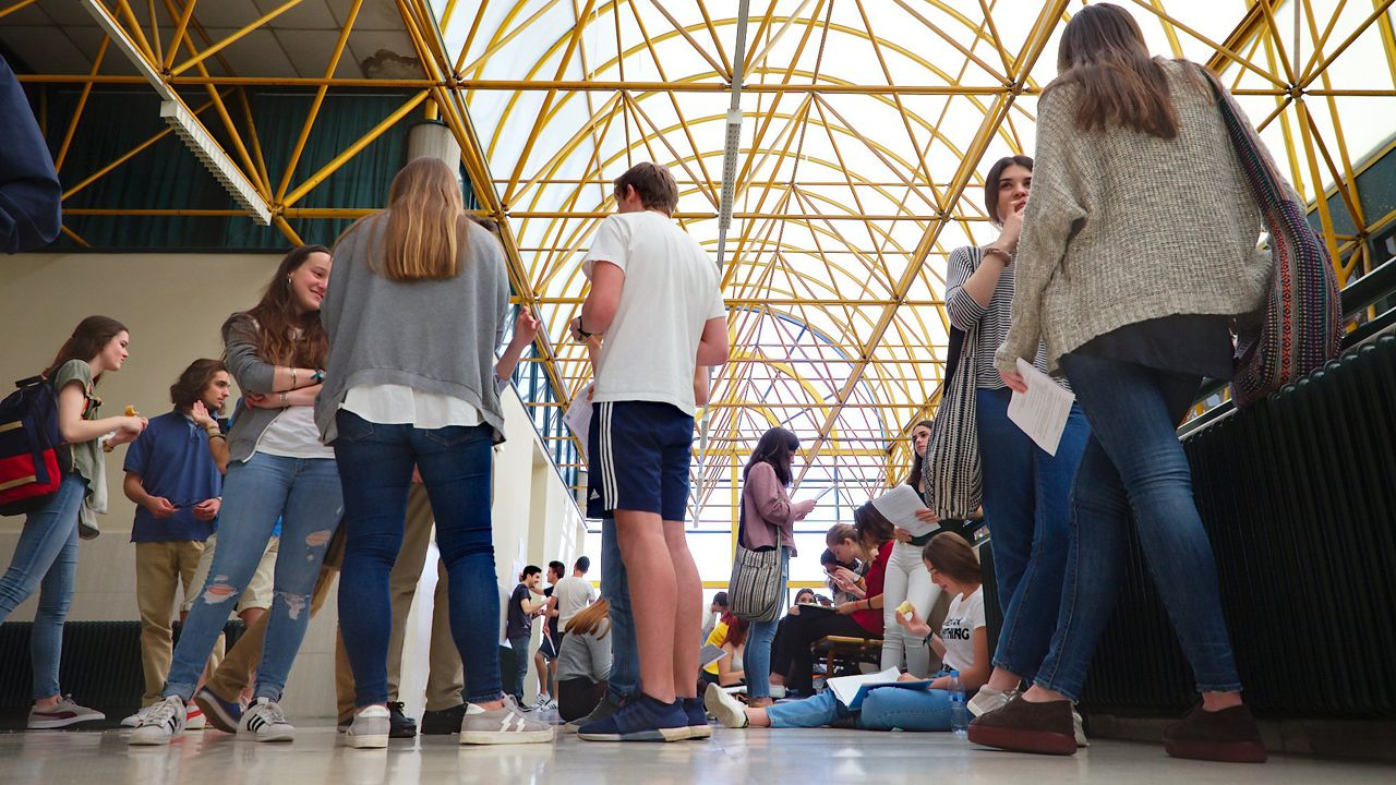 alumnos, estudiantes, universitarios.Estudiantes de la Universidad de Oviedo