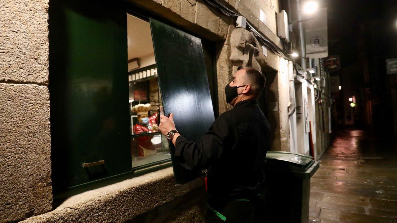 Cierre de bares en el casco viejo de Santiago