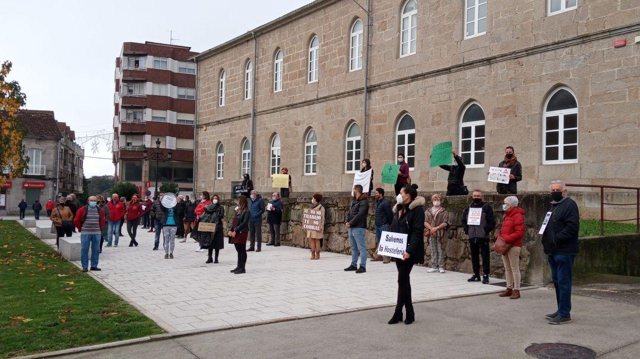Imagen de una de las protestas de los hosteleros en la Praza Maior
