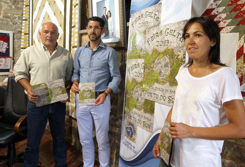 Manel Deán, Luis Oujo y María Maneiro, durante la presentación.
