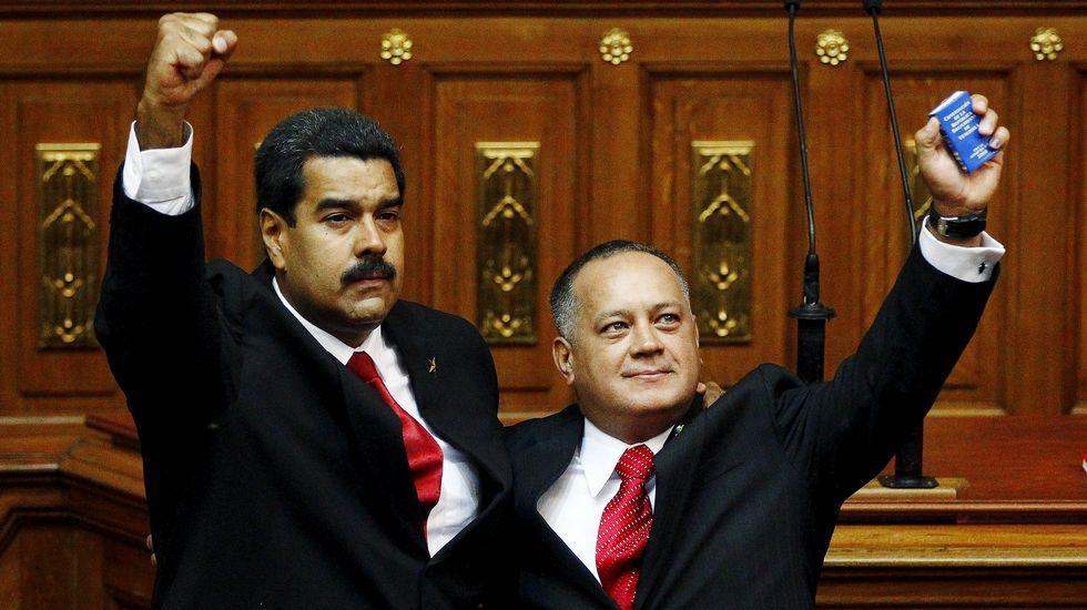 Un grupo de universitarios sabotea un acto de Felipe González.Maduro y Cabello