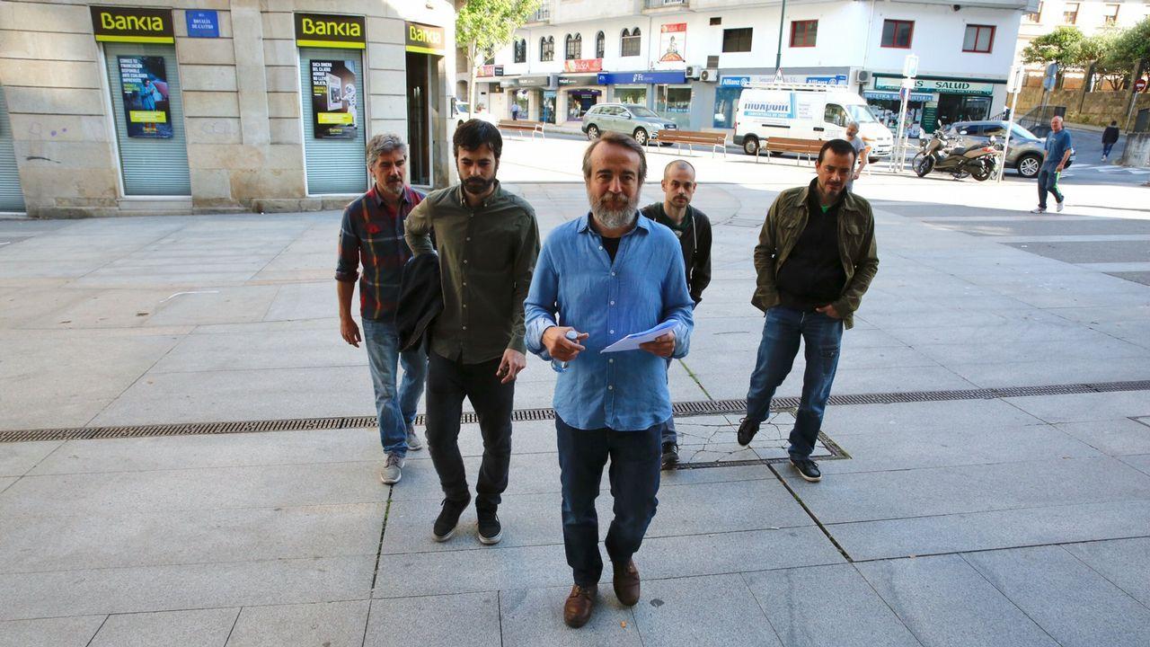 Pedro Sánchez se reúne con Richard Gere para hablar de las personas sin hogar.Francisco Álvarez-Cascos, tras su comparecencia en la comisión municipal por el 'caso Enredadera'