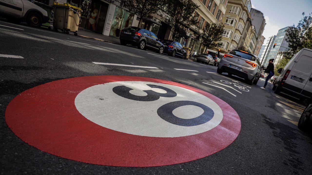 Carril limitado a 30 kilómetros por hora en A Coruña