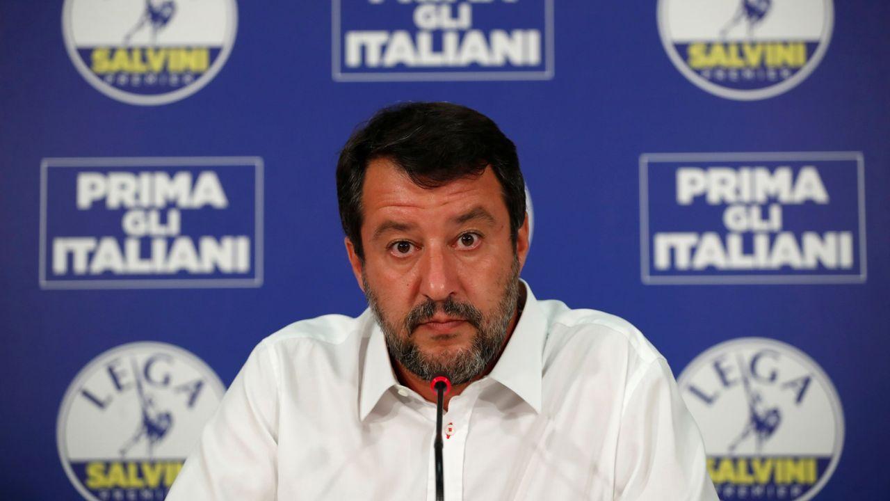 Un grupo de estética neonazi increpa a Iglesias en Coslada.El exministro de Interior y líder de la Liga, Matteo Salvini