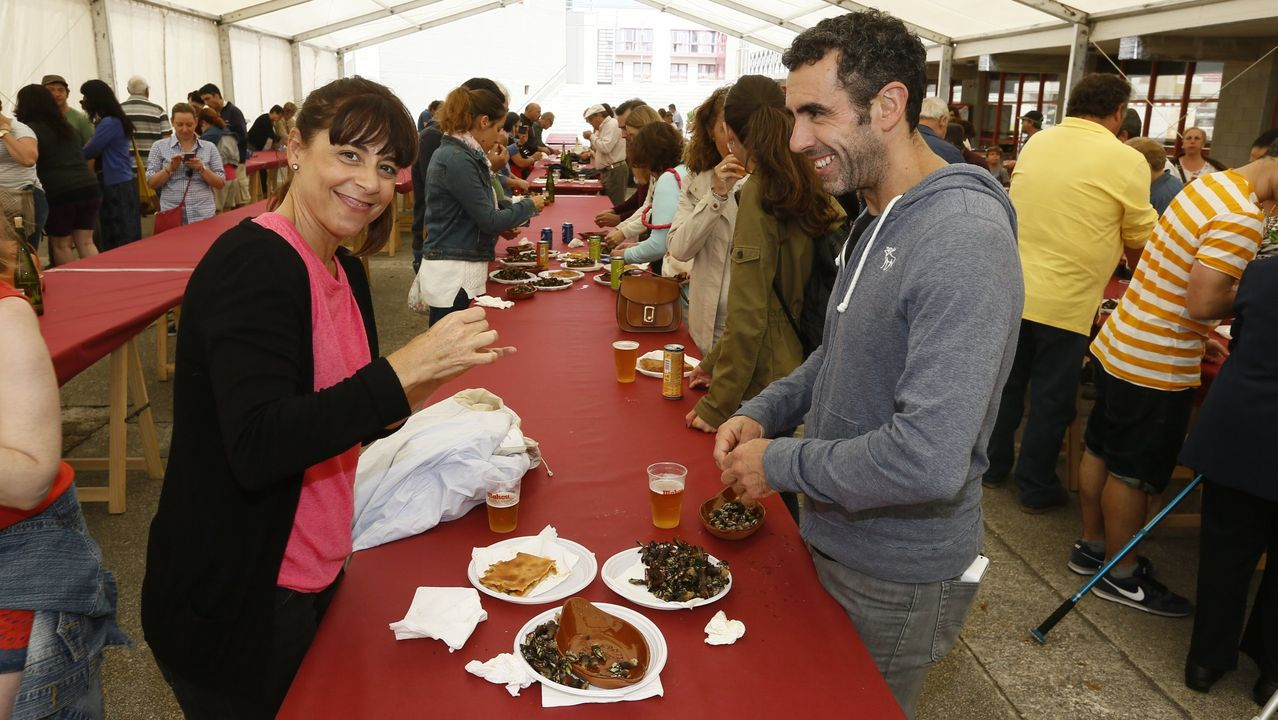 La festa da merluza de Celeiro atrae multitudes