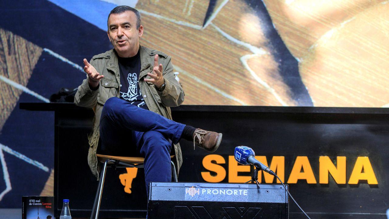 Rubén Pérez Carcedo, concejal de Ciudadanos en el Ayuntamiento de Gijón.El escritor madrileño Lorenzo Silva, en la Semana Negra de Gijón