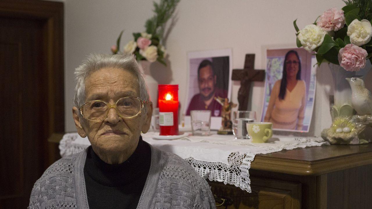 «Lo más duro ha sido dejar a mi hija enterrada en Venezuela porque no voy a volver nunca».«Temos unha riqueza musical incrible», asegura Anxo Lorenzo