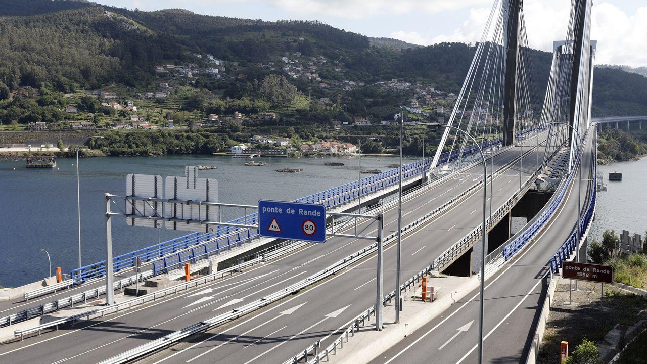 sacyr fluor. El puente tiene más de un kilómetro de longitud, 67.000 metros cúbicos de hormigón y 24.000 toneladas de acero y carpintería metálica, el equivalente al peso de tres torres Eiffel