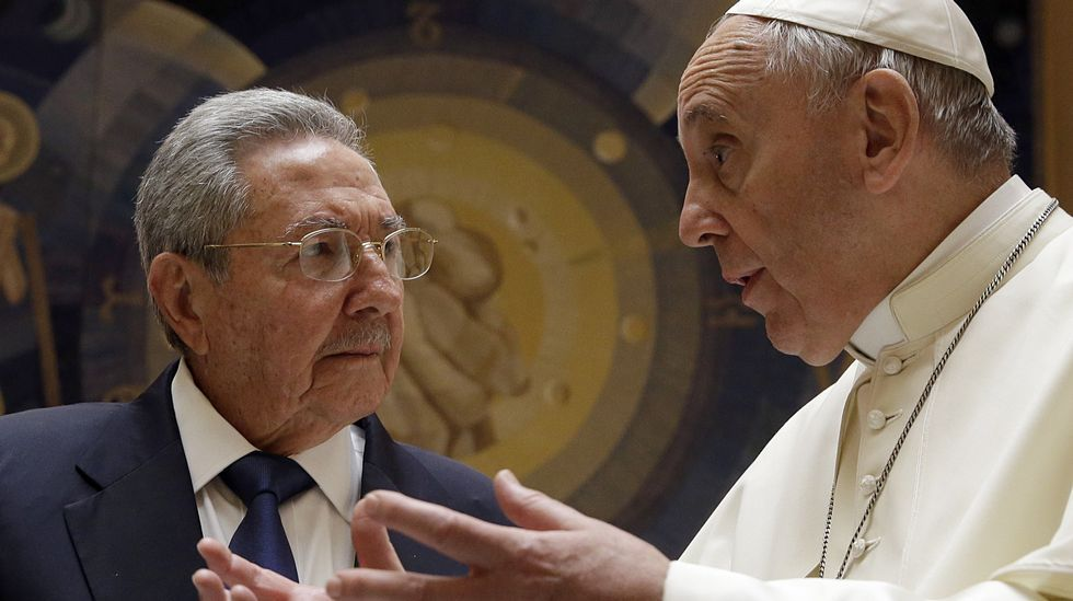 La reunión del papa con Raúl Castro fue un poco más larga que la que en su día mantuvo con Barack Obama.