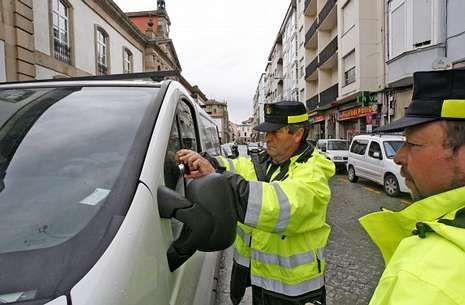 Las multas del servicio de aparcamiento regulado se verifican con fotos de los vehículos.