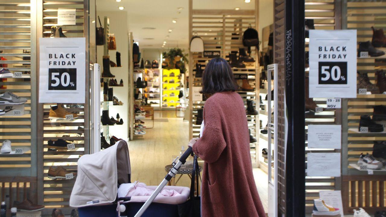irixoa.Imagen de archivo de una tienda en A Coruña