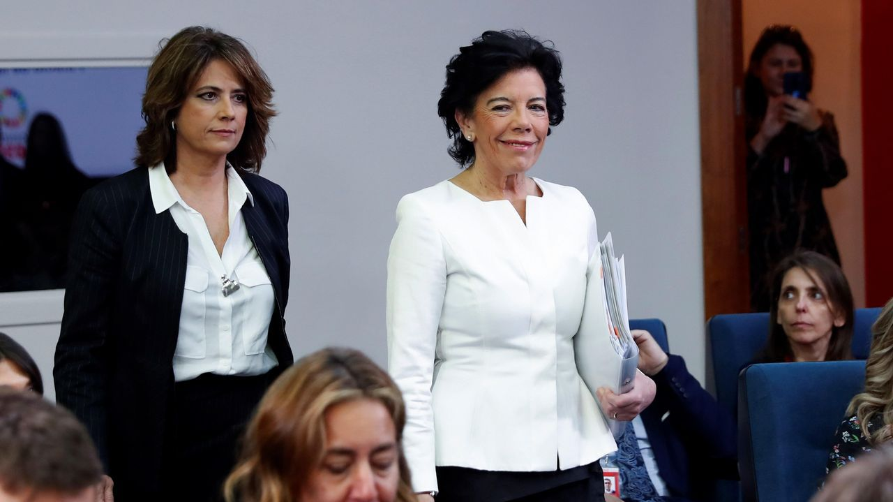 Las ministras Delgado y Celáa, tras el Consejo de Ministros