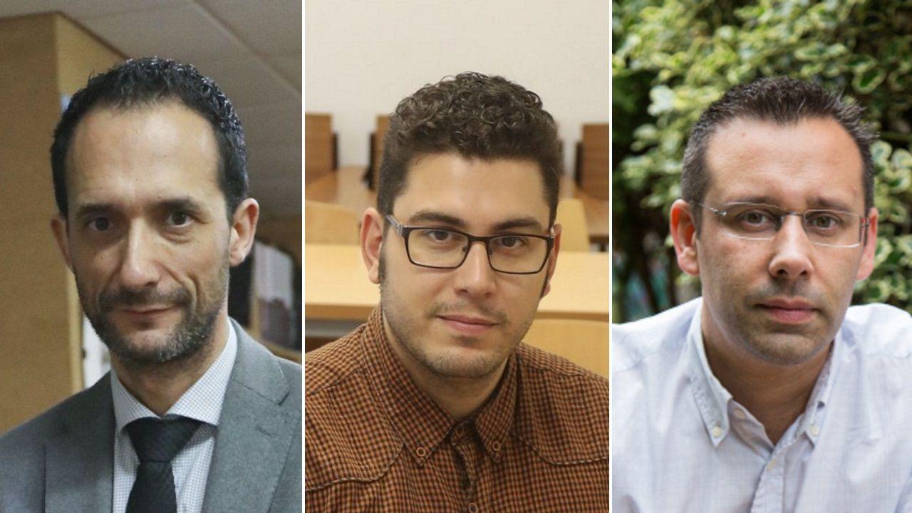 De izquierda a derecha, Carlos Encisa (director y profesor del IES Antonio Fraguas); Alexandre Sotelino y Fernando Fraga (docentes en la USC)