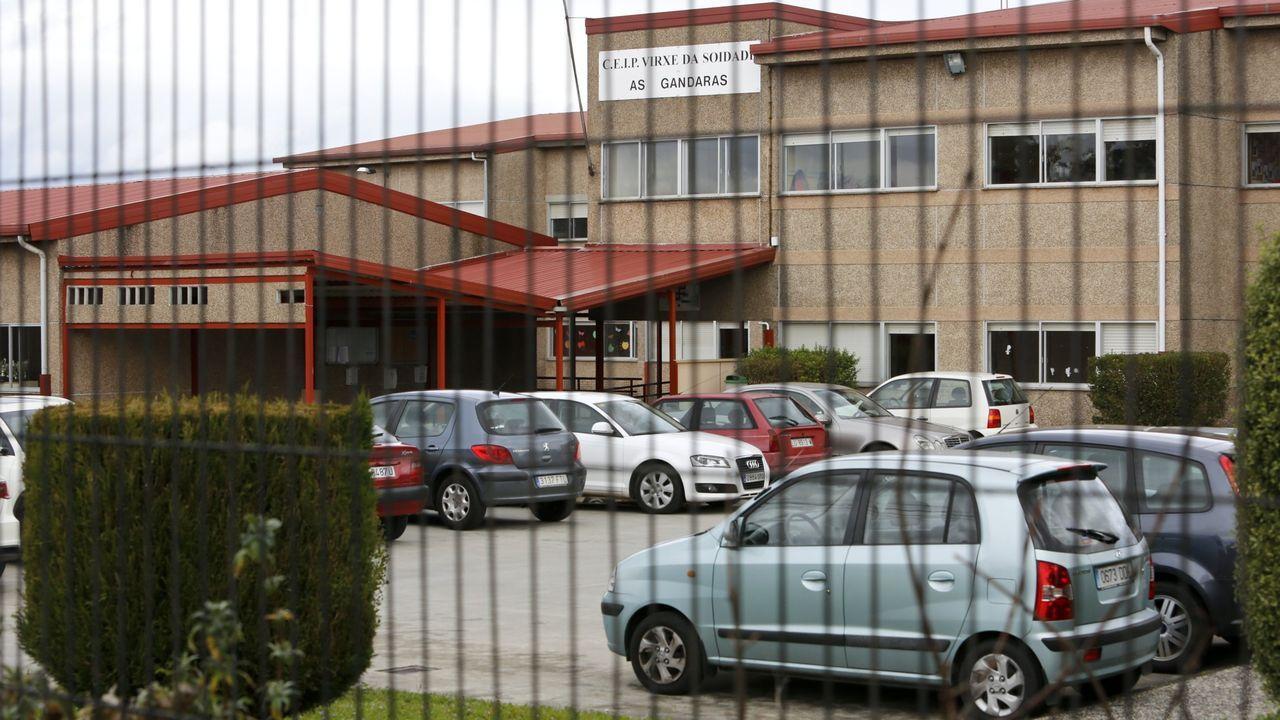 Exterior de colegio de As Gándaras