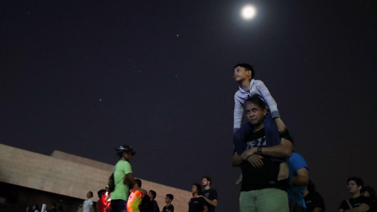 Celebración de la Hora del Planeta en Manila
