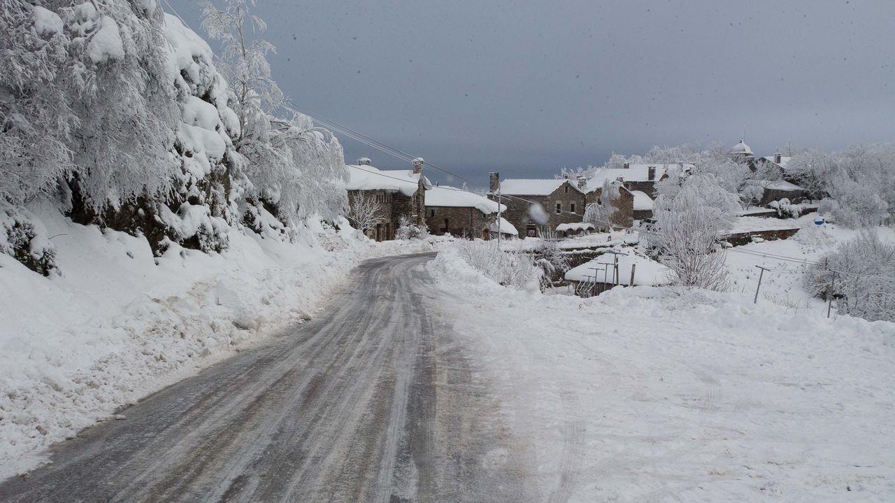 La nieve y el hielo complicaron la operación de rescate