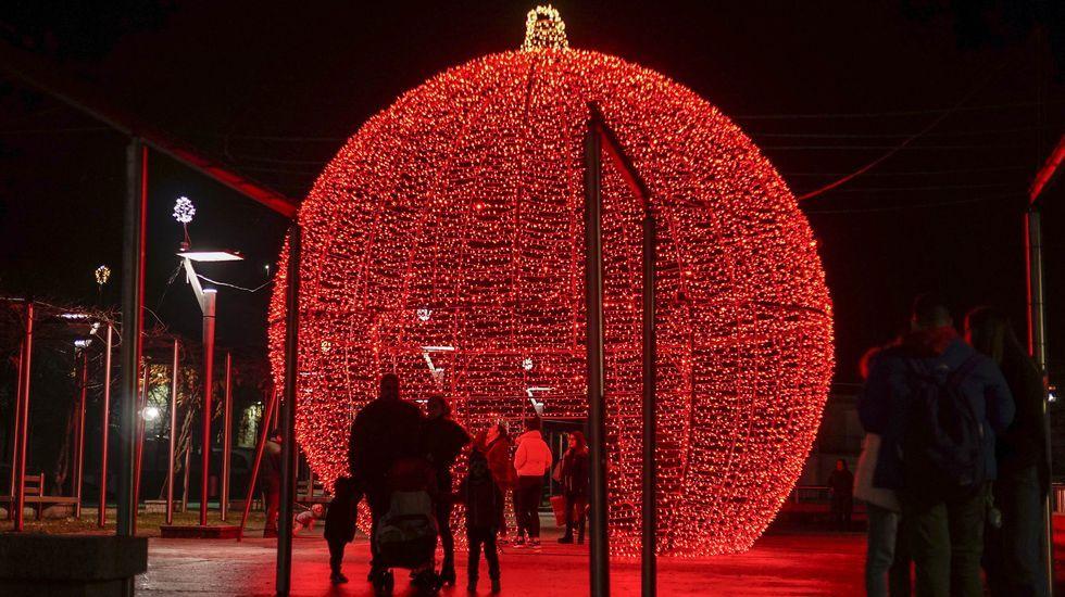 NAVIDAD EN CELANOVA.Ribadavia luce su alumbrado navideño
