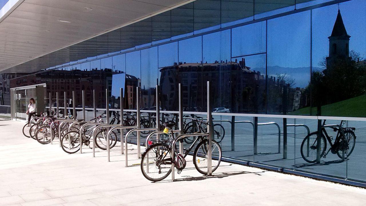 Aparcamiento de bicicletas en Oviedo