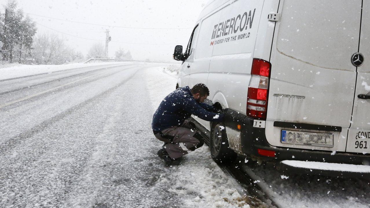 Temporal de nieve en A Mariña.Autovía del cantábrico