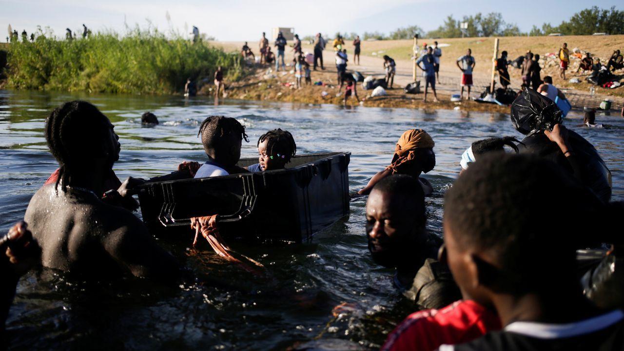 Deportaciones de haitianos en la frontera de Estados Unidos.La portavoz del PP en el Congreso, Cuca Gamarra, registró este jueves la petición de una  comisión de investigación en el Congreso sobre el caso Gali.