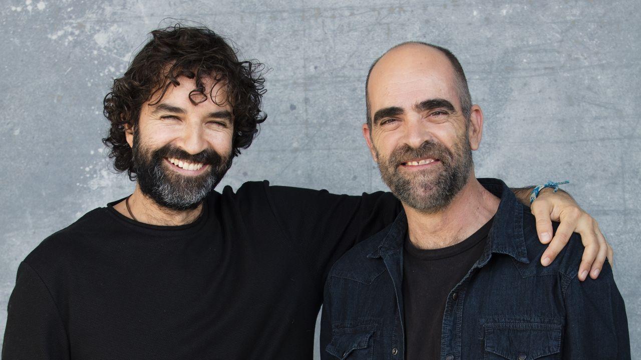 Primeras imágenes de la cuarta temporada de «The Crown».Mateo Gil y Luis Tosar.