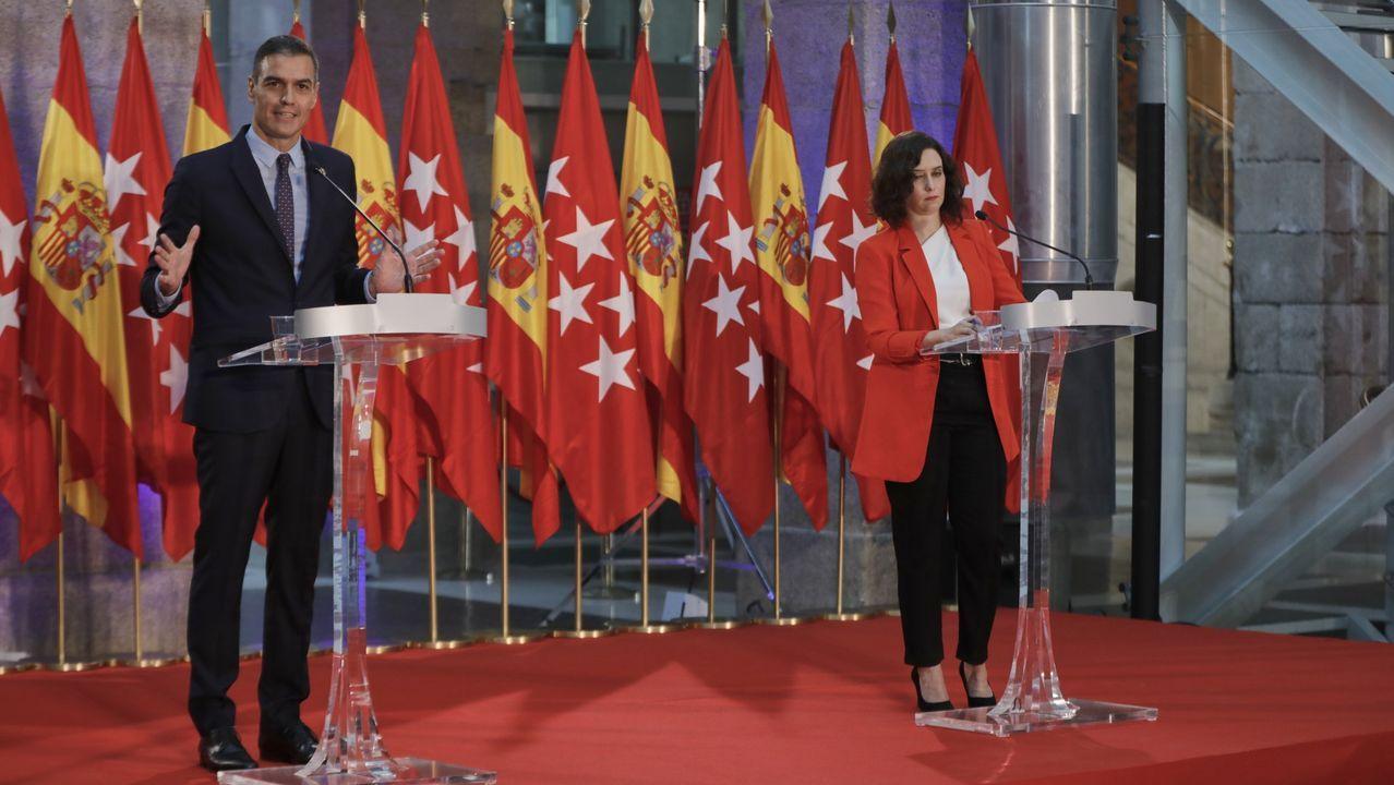 En directo: El ministro de Sanidad, Salvador Illa, comparece en el Congreso.Pacientes ingresados en uci en el hospital Infanta Sofía de Madrid.
