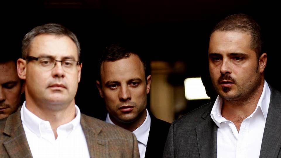 Oscar Pistorius a su salida del Juzgado de Pretoria