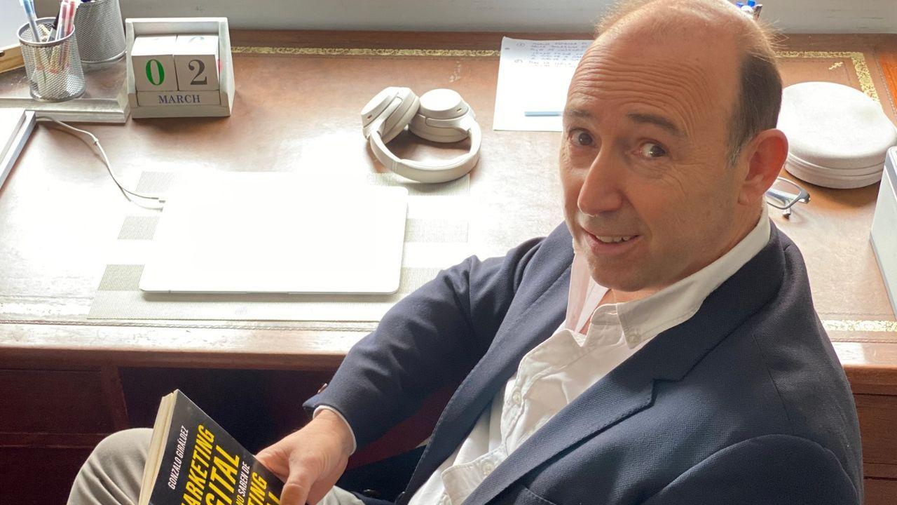 El libro de Giráldez ha llegado a estar entre los más vendidos de Amazon y sus beneficios irán a la Fundación Síndrome de West