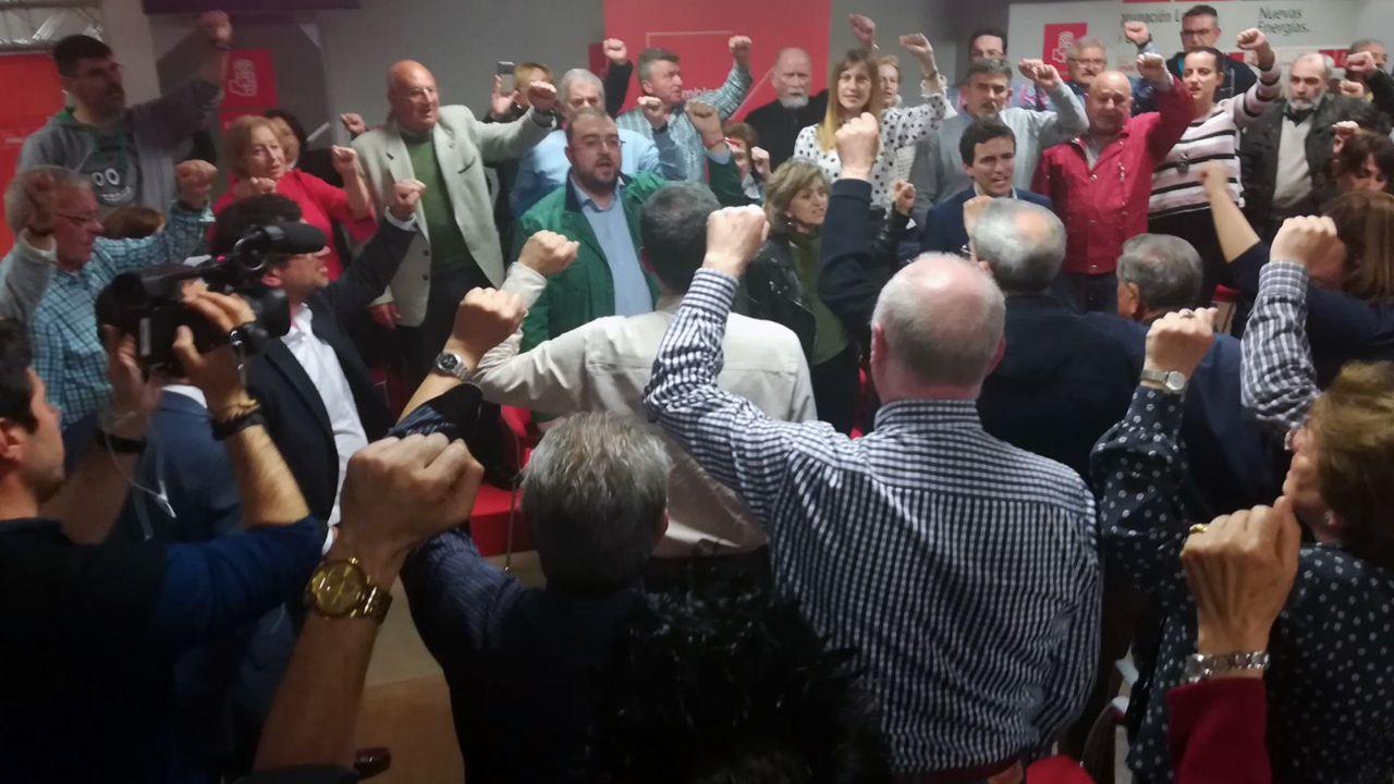 Adrián Barbón en la asamblea de Gijón