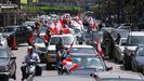 Los manifestantes salieron esta vez en coches para cumplir con las medidas de distanciamiento social